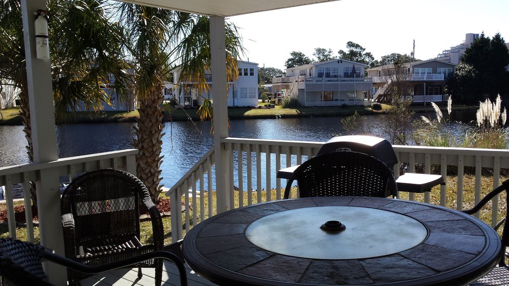 Lakeside At The Beach Gorgeous View Including Golf Cart And Wi Fi Garden City Myrtle Beach