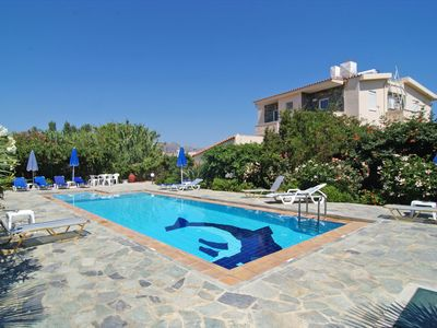 Photo for 4-bedroom Skoutelonas Villa with private pool