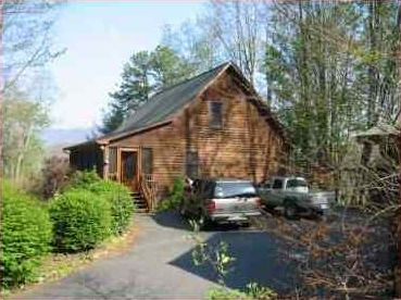Photo for A Rustic Roost, Great Mountain Views, 5 Minutes from Downtown!