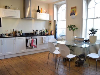 Photo for Modern 2 Bedroom Flat in Camberwell