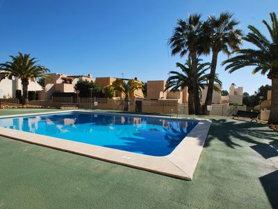 Photo for Cosy holiday home with own garden and community pool, dishwasher