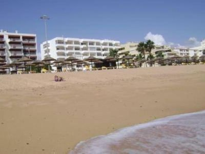 Photo for Quarteira, Sea front apartment, ideally located
