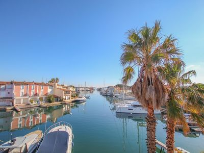 Photo for Quiet area, House for 8 persons  et  13 m mooring