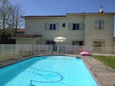 Photo for Bordeaux pool family home, Arcachon Basin, Ocean, Vineyards 9personnes
