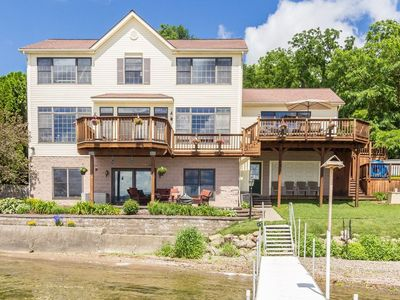Roomy Easy Living Conesus Lake Front Home!