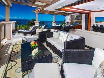 Panoramic Ocean View Lounging and Dining Terrace