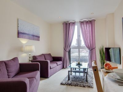Photo for Comfortable CIty Centre Apartment with Free Parking