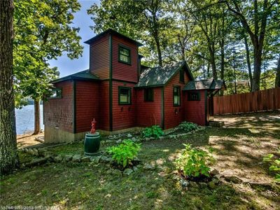 Photo for Beautifully renovated cottage on quiet lake