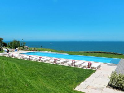 Photo for One bedroom Apartment, sleeps 5 in Saint-Jean-de-Luz with Air Con and WiFi