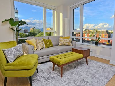 Photo for Chic Condo in historic Vancouver Chinatown