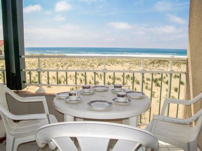 Photo for One bedroom Apartment, sleeps 4 in Mimizan-Plage with WiFi