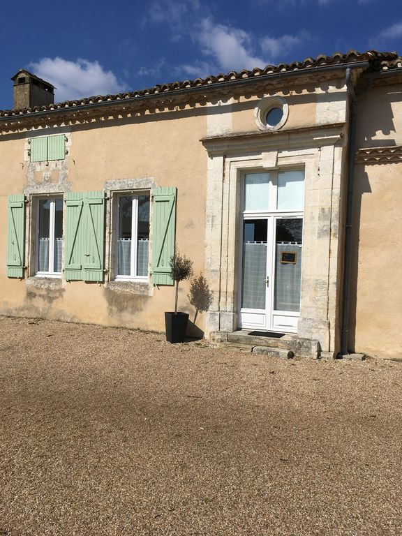 Charming cottage 2/4 in Périgord with pool in a building of the seventeenth