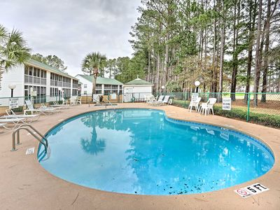 Photo for 1st-Floor Condo w/Porch-Mins to North Myrtle Beach