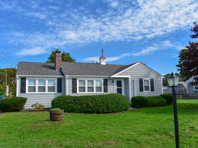 Shore Rd 44- Beautiful 4 bedroom home with central air, .4 miles to the beach