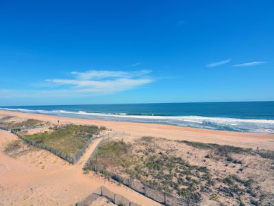 Photo for Cozy, quaint 1-bedroom oceanfront condo with free WiFi and a breathtaking view of the ocean located midtown and only steps to the beach!