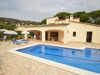 Photo for Beautiful villa with private swimming pool - 6 people - suitable for disabled people