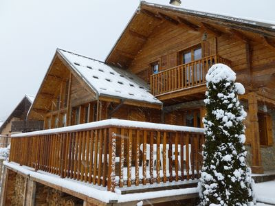Photo for Comfortable apartment in chalet, ideal skiers walkers and cyclists