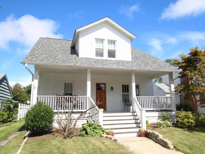 Photo for 111 E. Third St.: 5 BR / 3.5 BA  in Lewes, Sleeps 10