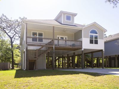 Photo for Parade Rest - Screened porch and close to dining