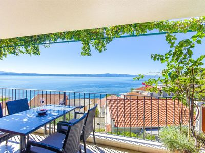 Photo for 1BR Apartment Vacation Rental in Podgora