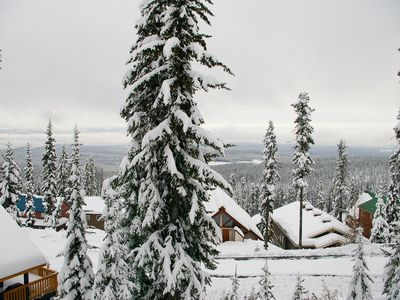 Photo for Powder View 4 Upper Snowpine Location Big White Ski Resort Sleeps 8