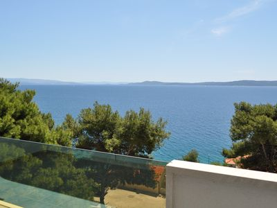 Photo for Beautiful new apartment for 4-6 people magical view, pool, beach, Trogir Ciovo