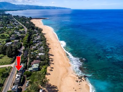Prime location right on the 7 mile miracle. Most celebrated surf spots.