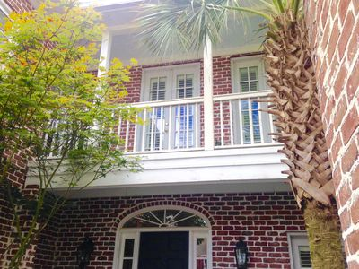 THE NEST IN HISTORIC,  DOWNTOWN AIKEN, SC. WALK EVERYWHERE! KING MASTER BR!