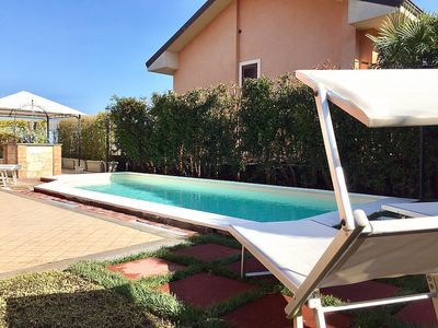 Photo for 6 bedroom Villa, sleeps 16 with Air Con, FREE WiFi and Walk to Beach & Shops