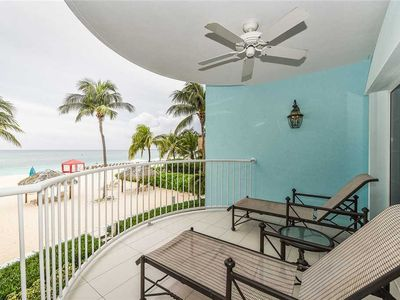 Photo for Family-friendly rental on Seven Mile Beach | Beachfront Condo #30