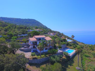Photo for Apartments in Villa Albachiara with Stunning Pool and Sea View