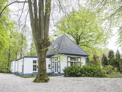 Photo for Extra luxury 12-person country house in the holiday park Landal Landgoed 't Loo - on the water/recreation lake