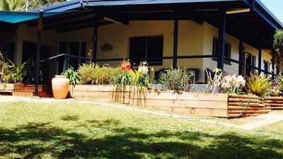 Photo for Rest house pet friendly located in heritage Yungaburra.