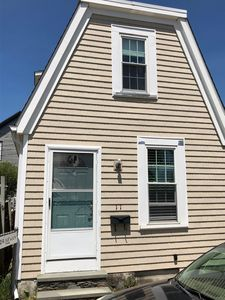 Photo for Perfect Cottage in Downtown Newport