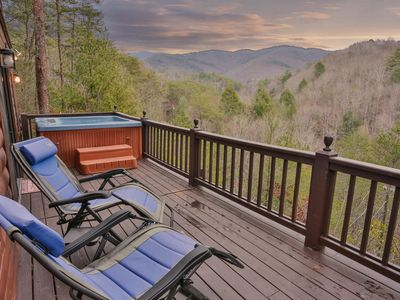 Photo for Apple Creek - Romantic, Cozy Cabin With Great Views