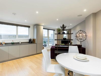 Photo for Penthouse with City Views from Large Private Terrace