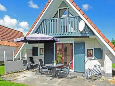 Photo for Modern Holiday home at a typical dutch canal, close to the Lauwersmeer