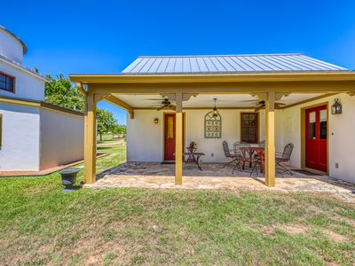Photo for Romantic Hill Country home w/ lovely porch & clawfoot tub - 2 dogs OK!