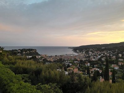 Photo for T2 sea view on bay of cassis