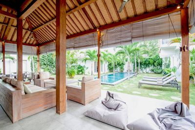 Luxuous 4BR & Pool in Oberoi Seminyak