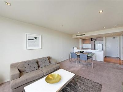 Photo for Elevated, One-bedroom Wyndel Apartment BER088506