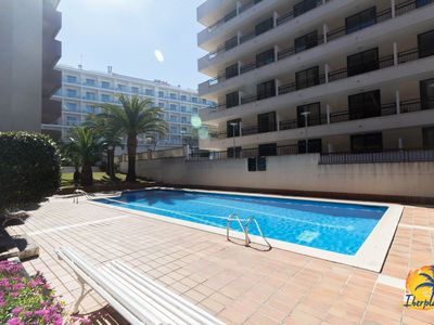 Photo for Nice 6th floor apartment with pool located at 390mts. From the beach of Salou.