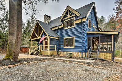Elevate your mountain escape at this Blue Ridge vacation rental cabin!