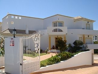 Photo for Beautiful Villa with Private Pool and Sea Views