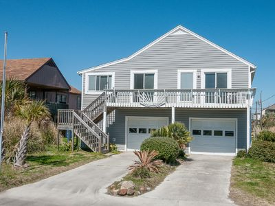 Photo for Classic Carolina Beach Cottage - Pets OK, Linens - Weekend Special 8/10 - 8/12 !