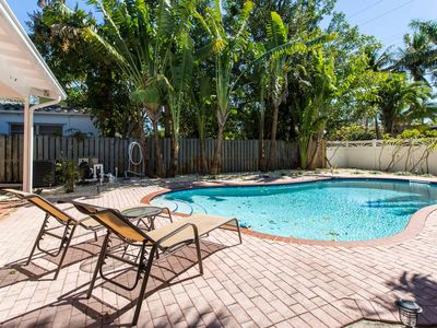 Photo for East Hollywood 2 Stories w/ POOL! Families Welcome