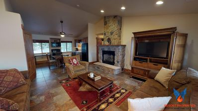 Photo for Close to Ski Mountain; Great Views; TVs in every room! Aspen Condo