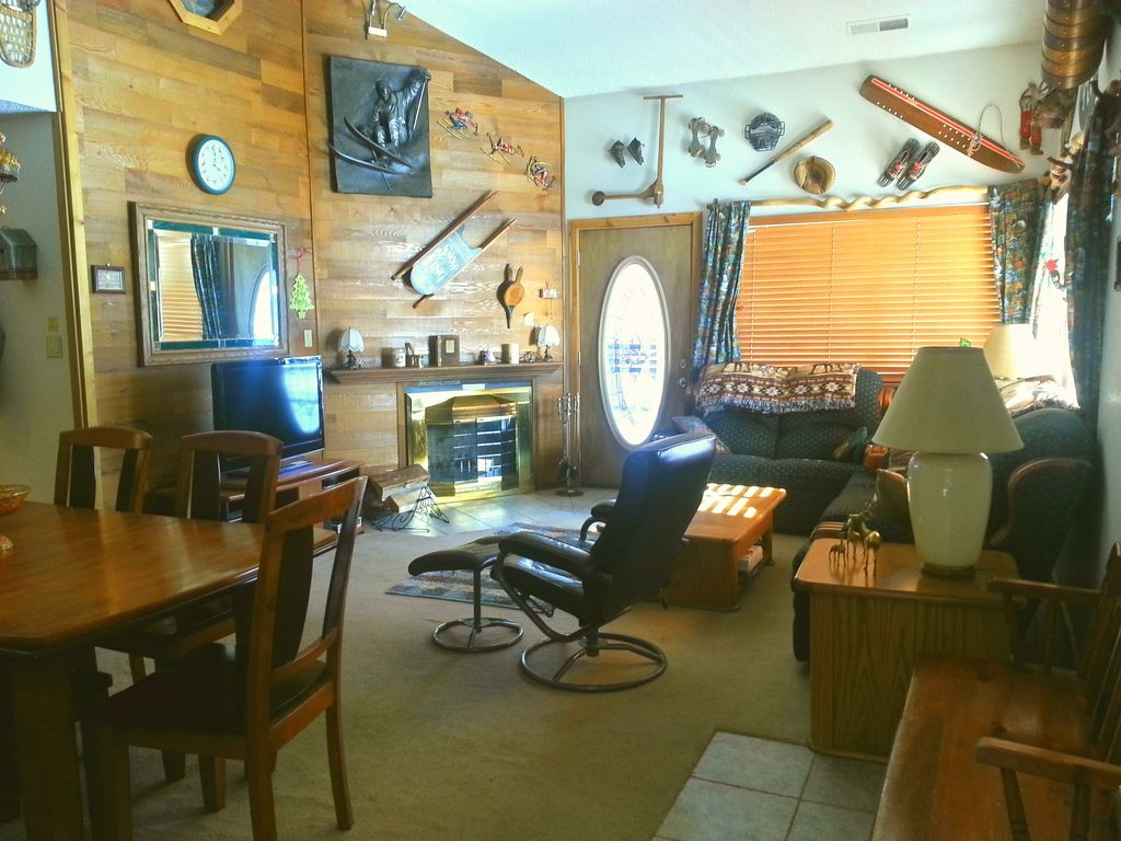 pin directly brian blue on vrbo toccoa rentals ridge head fabulous near cabins cabin river com