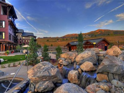 Photo for 1 Bedroom + Den w/Balcony, Onsite Pool, Hot Tubs, Game Room & More! Great Summer Getaway