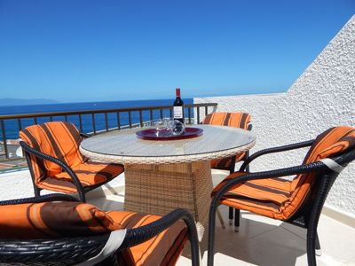 Photo for Enviable location with superb sea views, two pools and close to all amenities